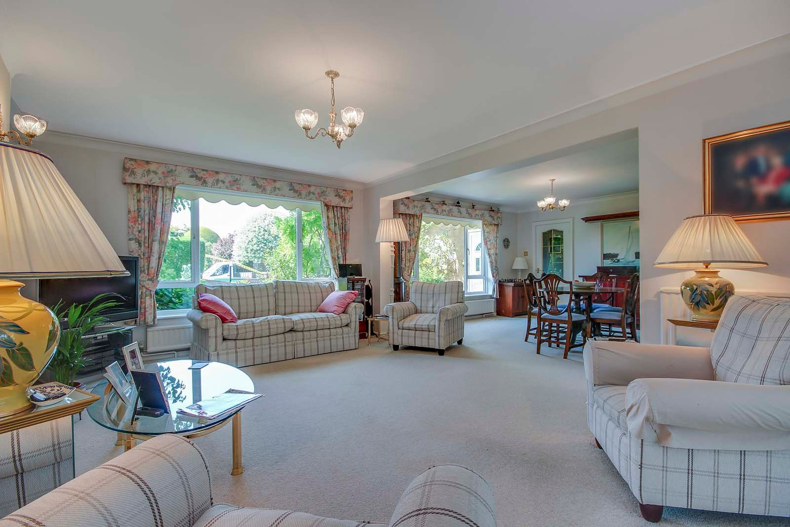 5 bed house for sale in The Ridings COMP 2019 12
