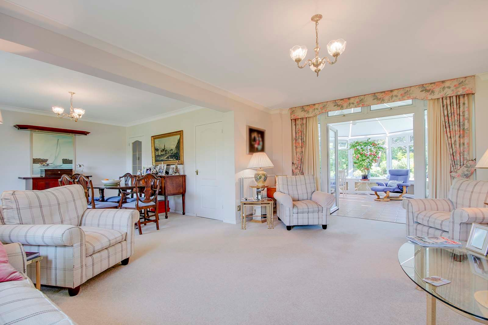 5 bed House for sale in The Willowhayne, East Preston - Sitting room (Property Image 3)