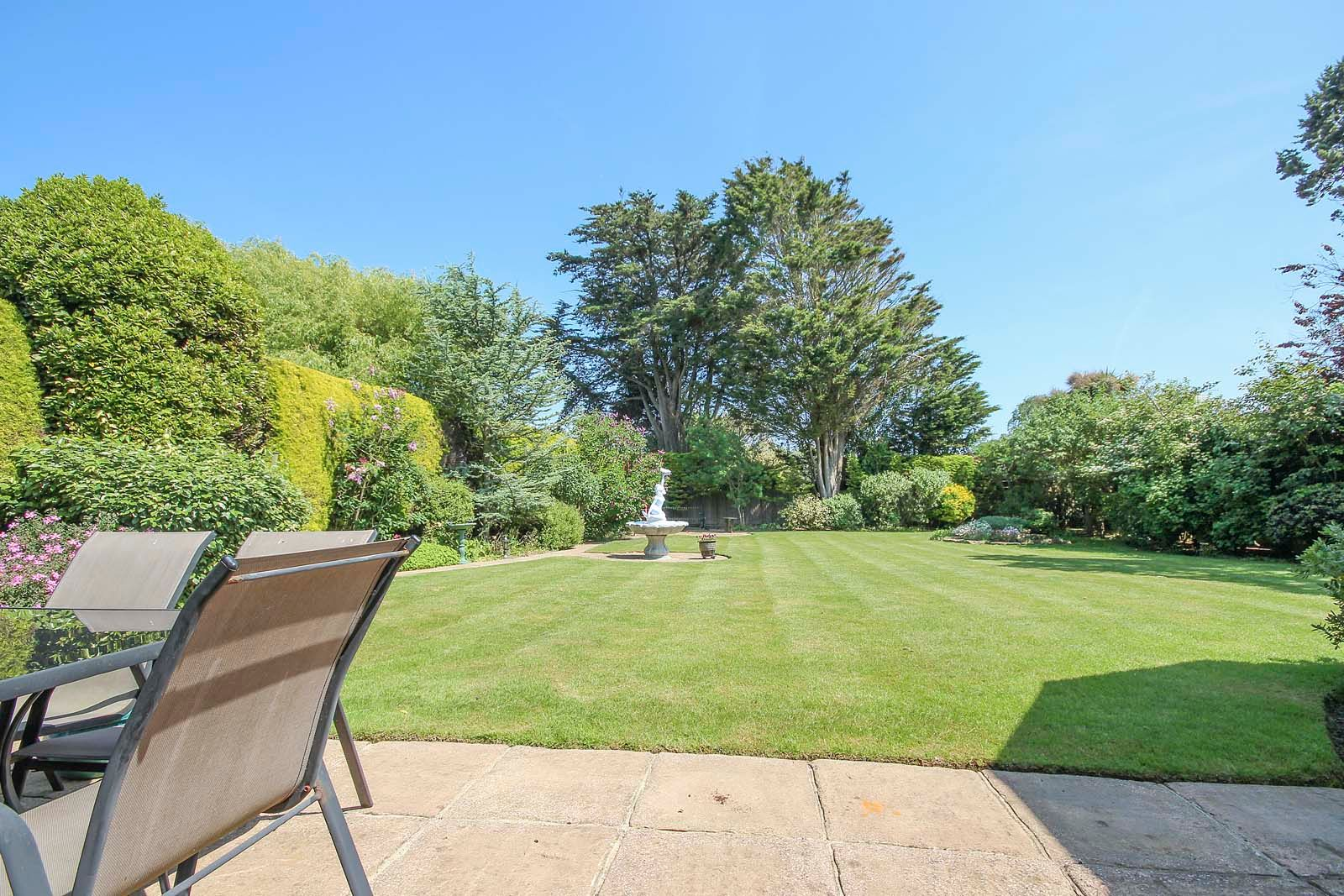 5 bed House for sale in The Willowhayne, East Preston - Rear garden (Property Image 7)