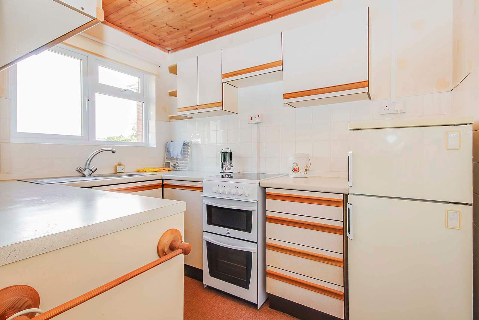 1 bed  for sale in Montpelier Road  - Property Image 5