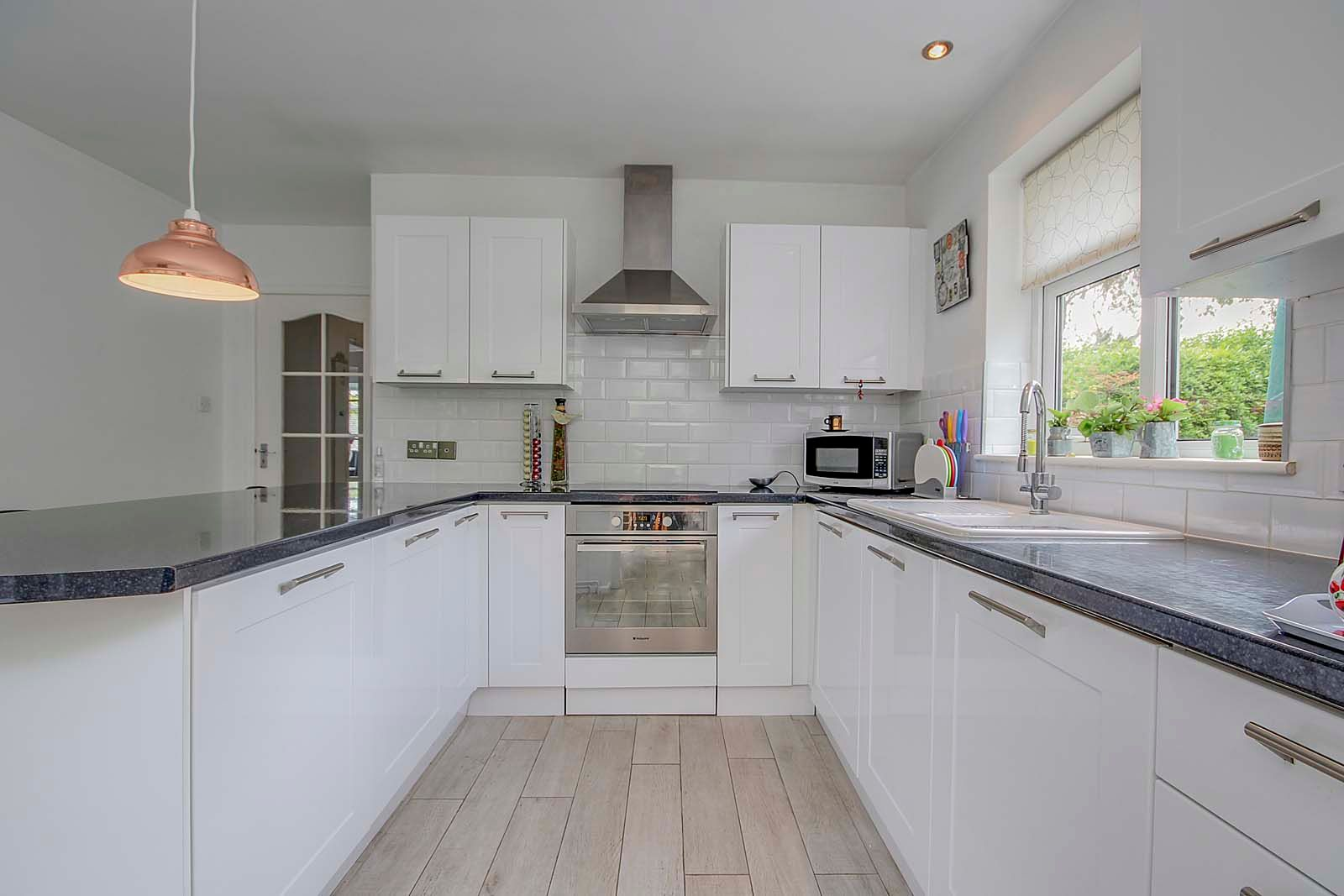 3 bed bungalow for sale in Vermont Drive  - Property Image 11