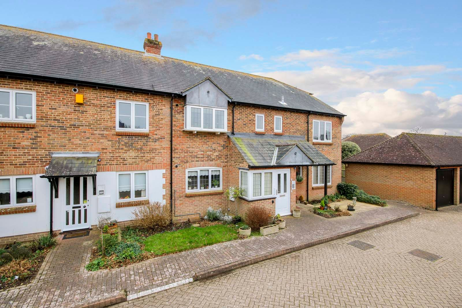 2 bed  for sale in Midholme 1