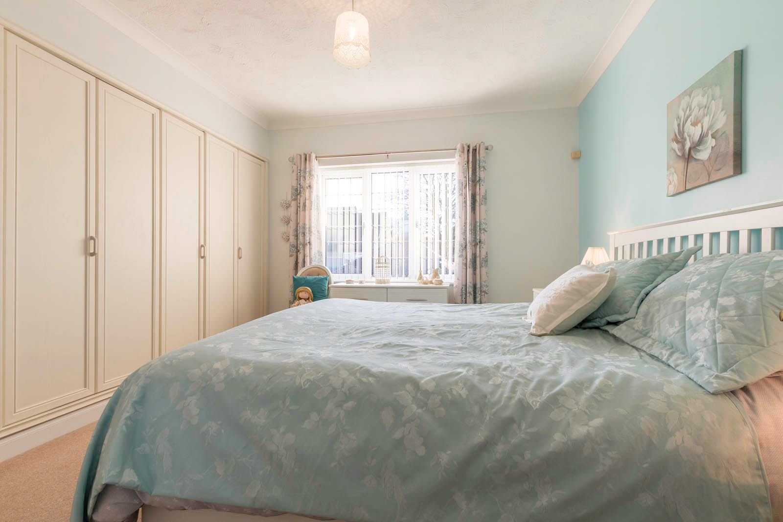 2 bed  for sale in Midholme  - Property Image 12