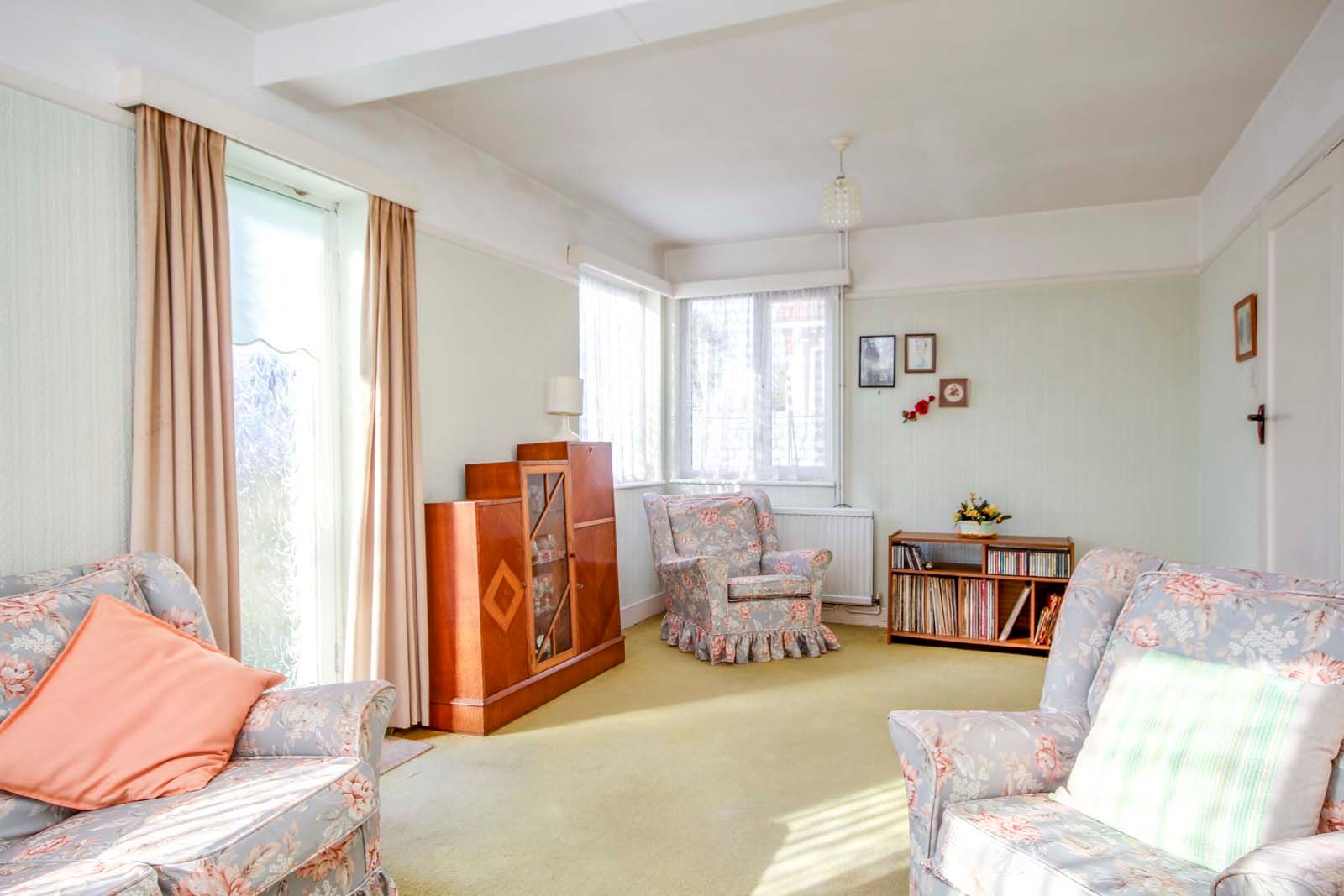 3 bed house for sale in Normandy Lane 4