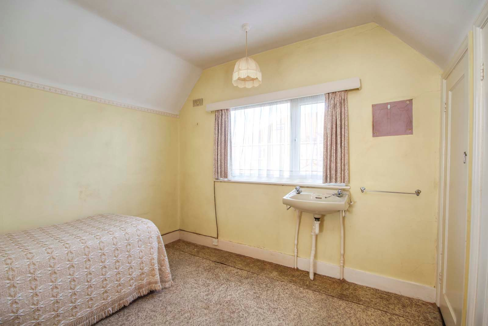 3 bed house for sale in Normandy Lane 8
