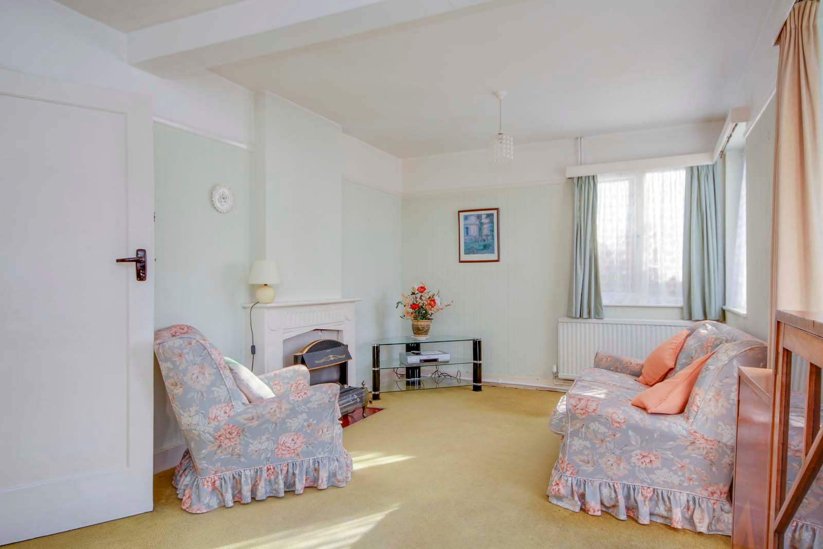 3 bed house for sale in Normandy Lane 10