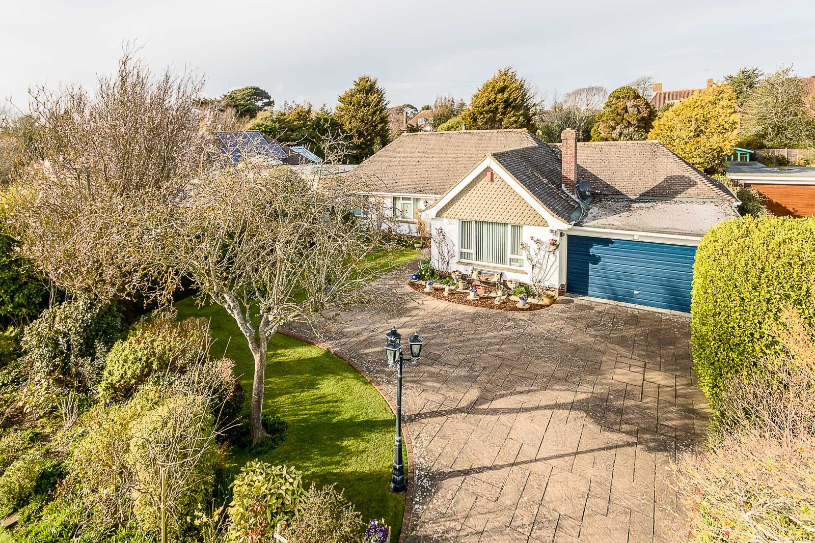 3 bed bungalow for sale in Michel Grove  - Property Image 15
