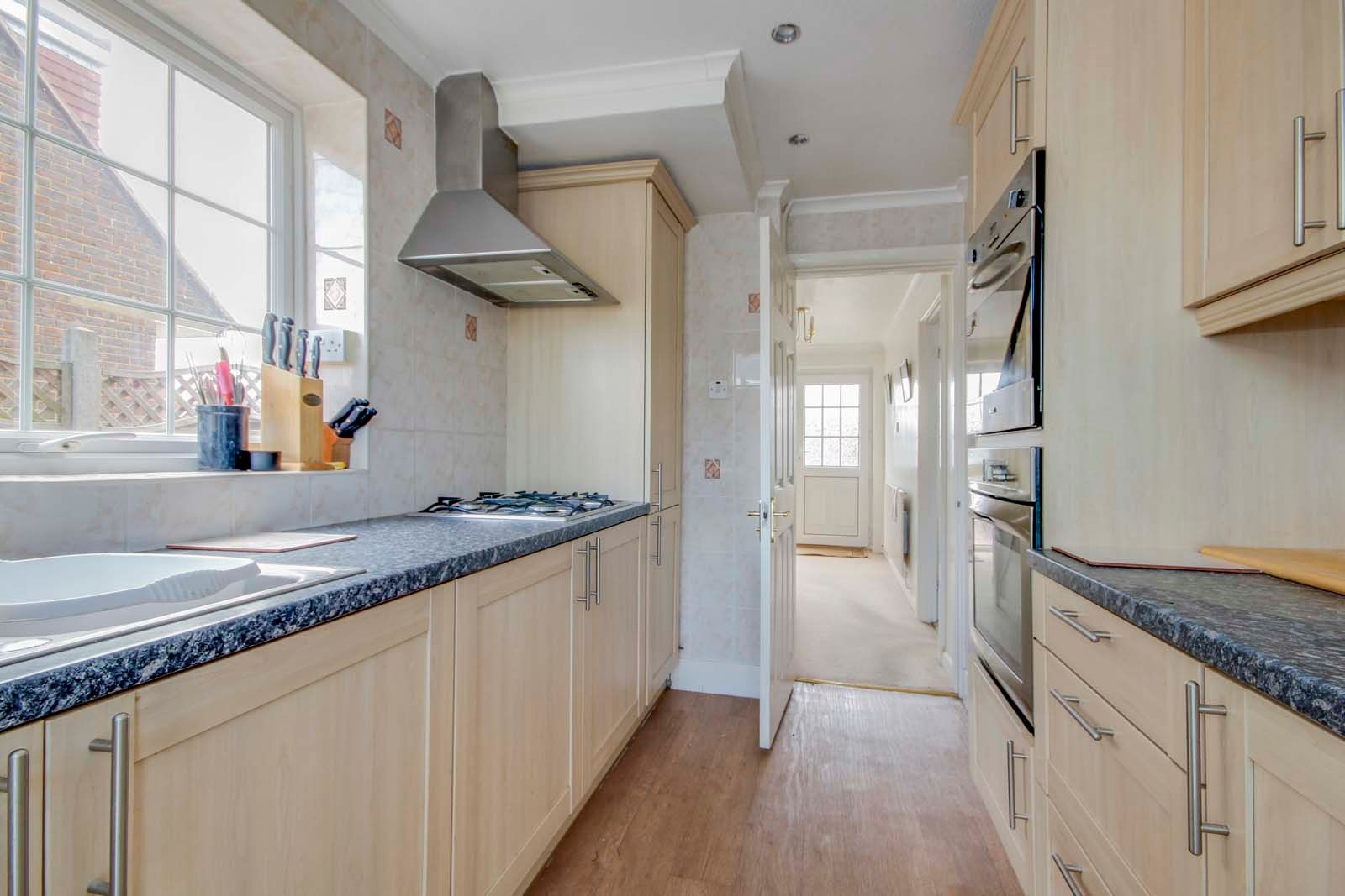 3 bed house for sale in Old Worthing Road 5