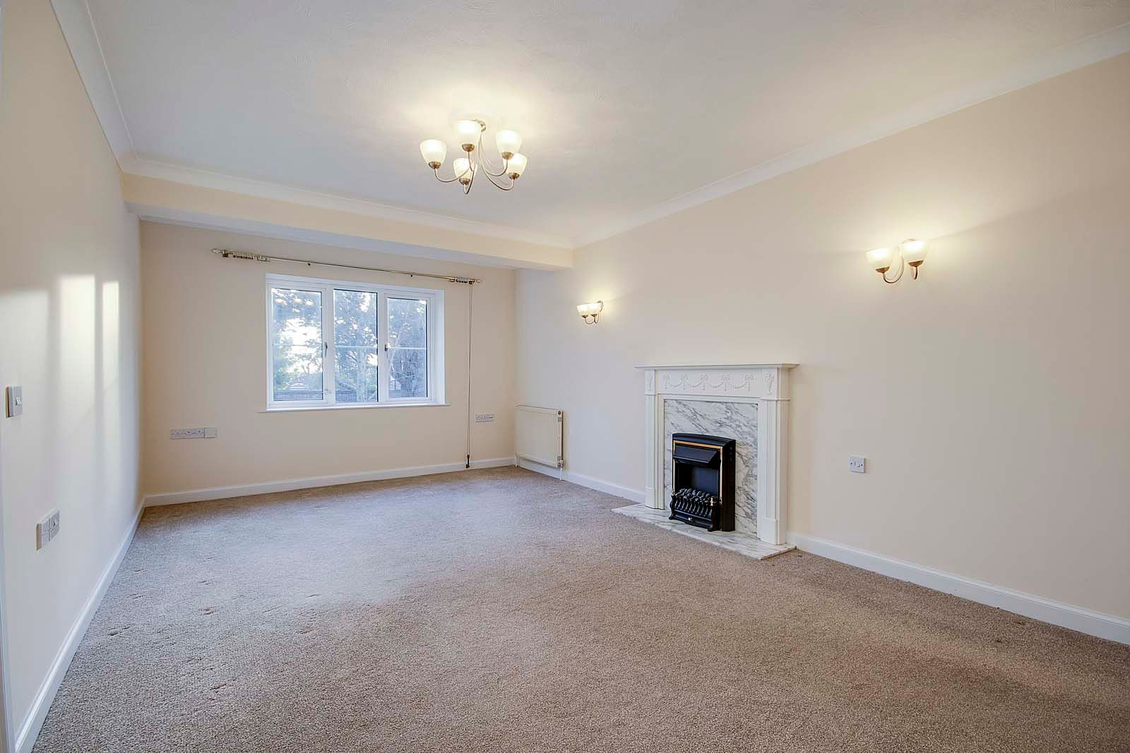 2 bed Apartment for sale in East Preston - Sitting room (Property Image 1)