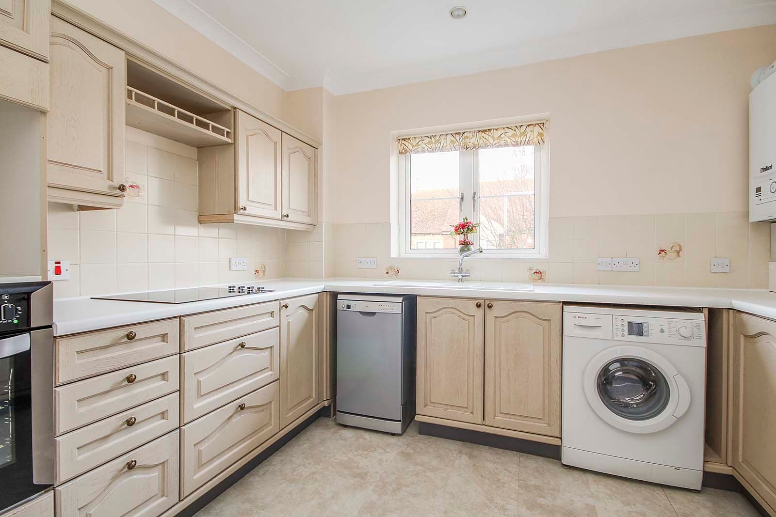 2 bed Apartment for sale in East Preston - Kitchen (Property Image 3)