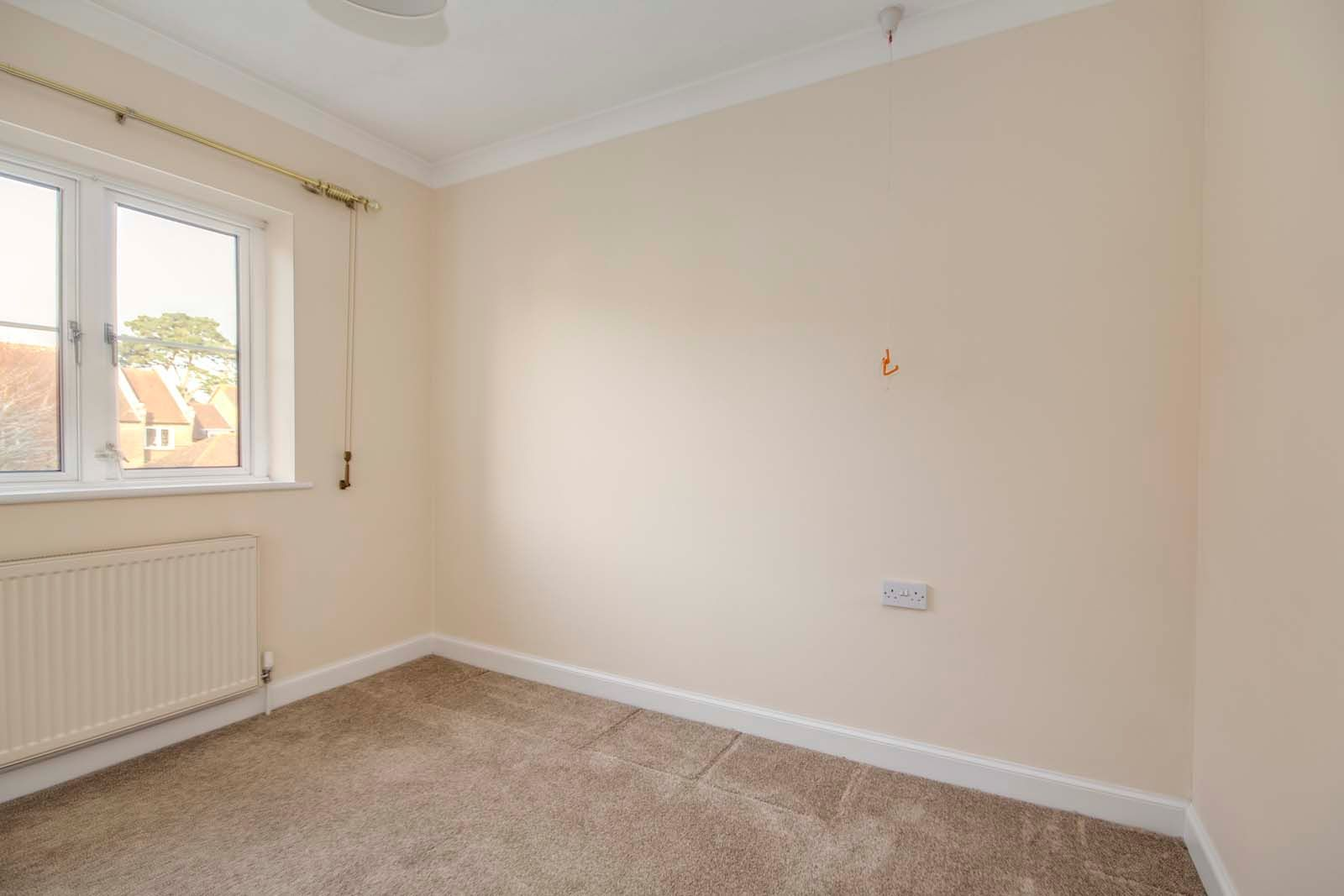 2 bed  for sale in Sea Lane Close  - Property Image 7