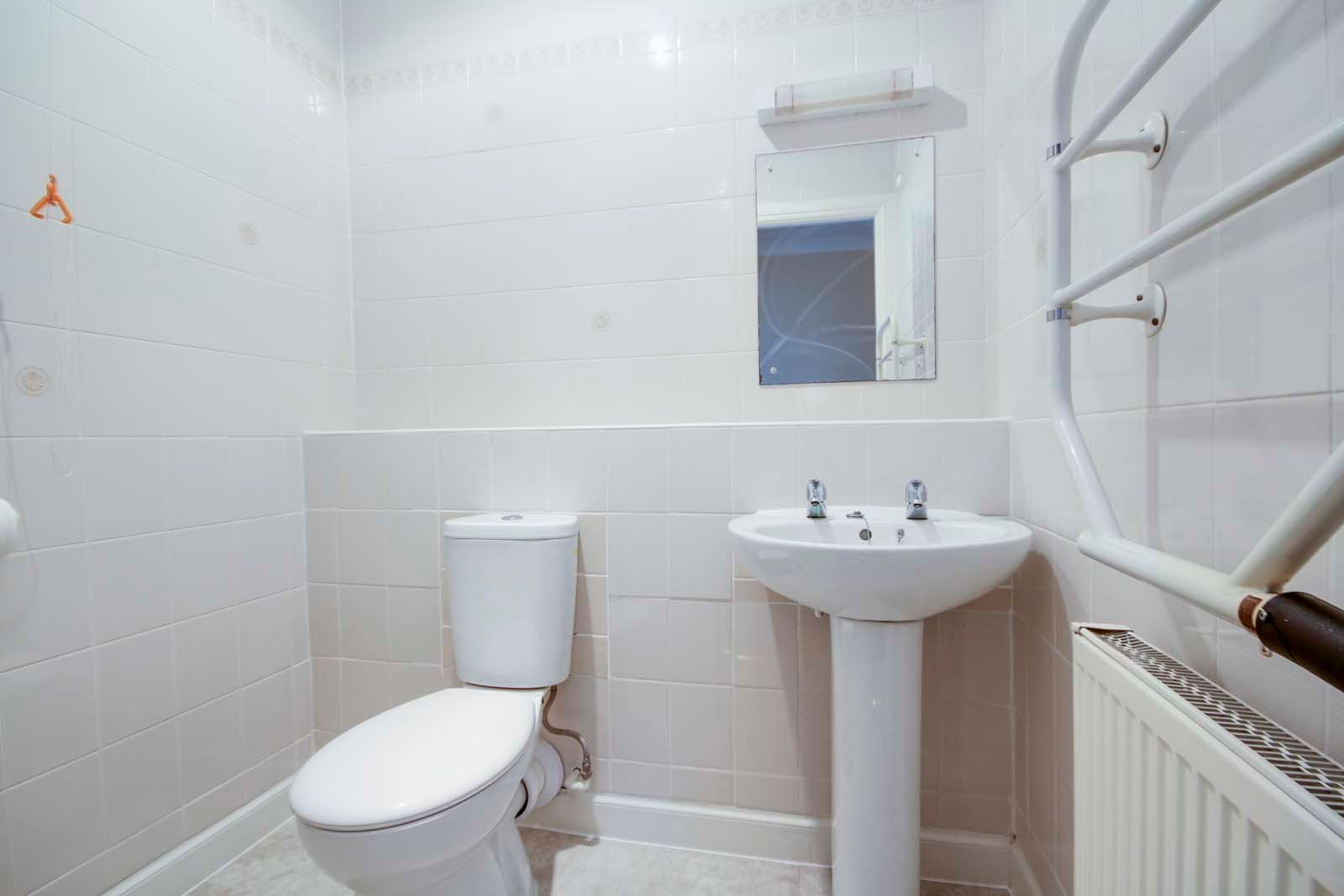 2 bed  for sale in Sea Lane Close  - Property Image 9