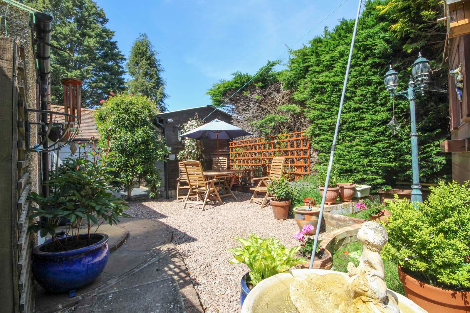 4 bed house for sale in North Lane 13