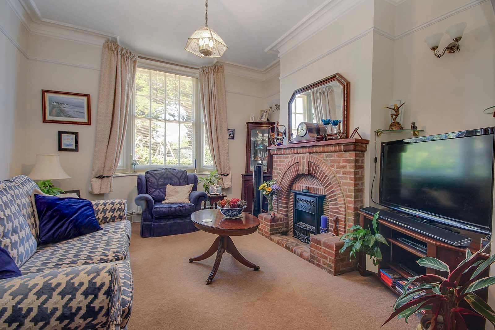 4 bed house for sale in North Lane 3