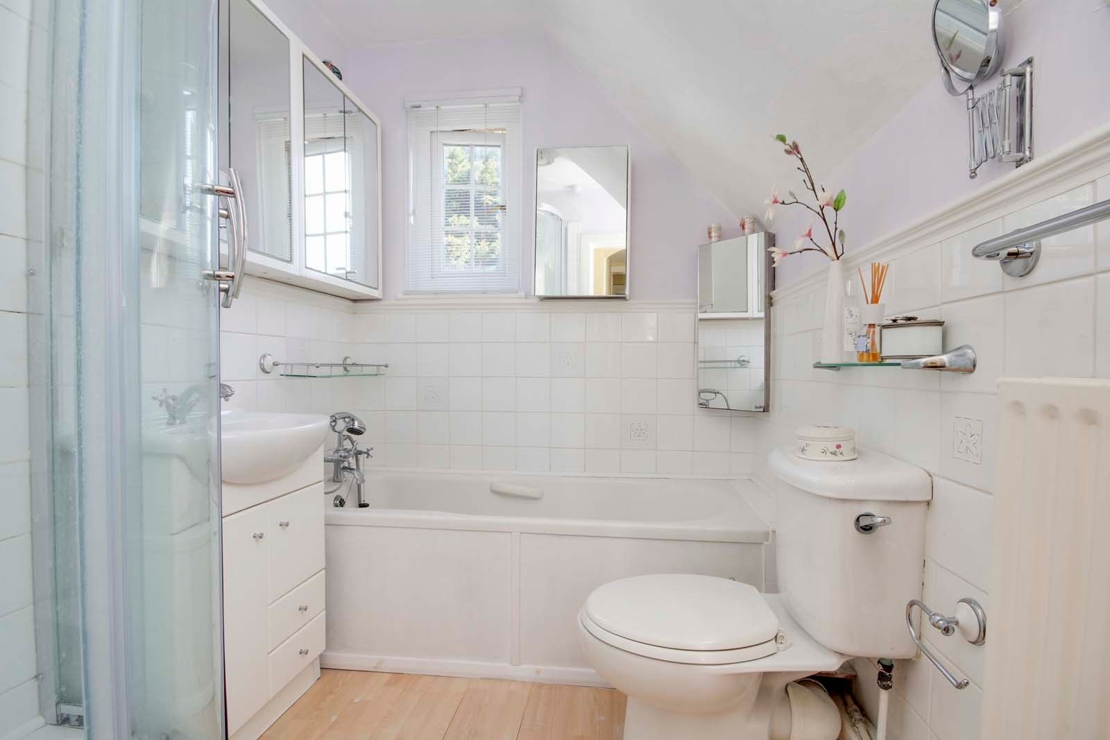 4 bed house for sale in North Lane 7