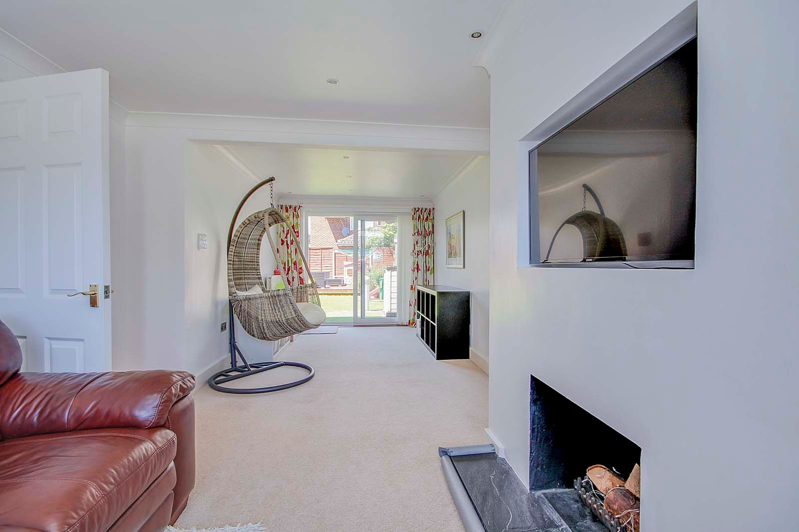 3 bed house for sale in Old Worthing Road 3