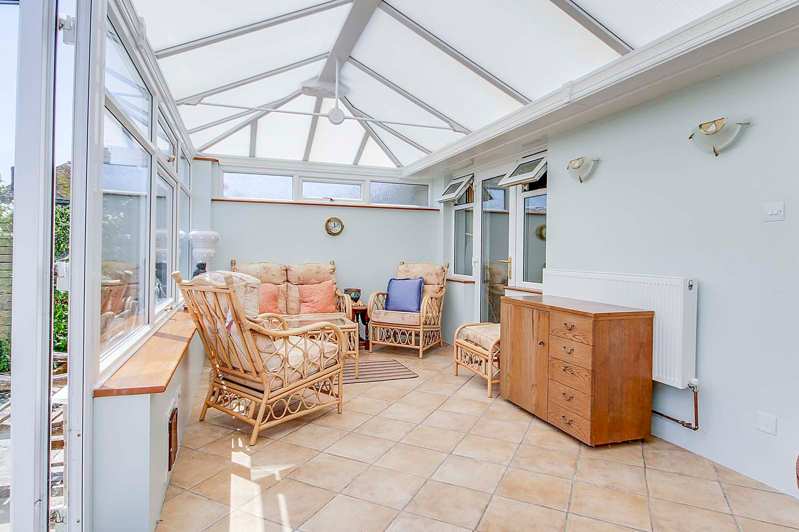 2 bed bungalow for sale in Hazelmead Drive  - Property Image 8