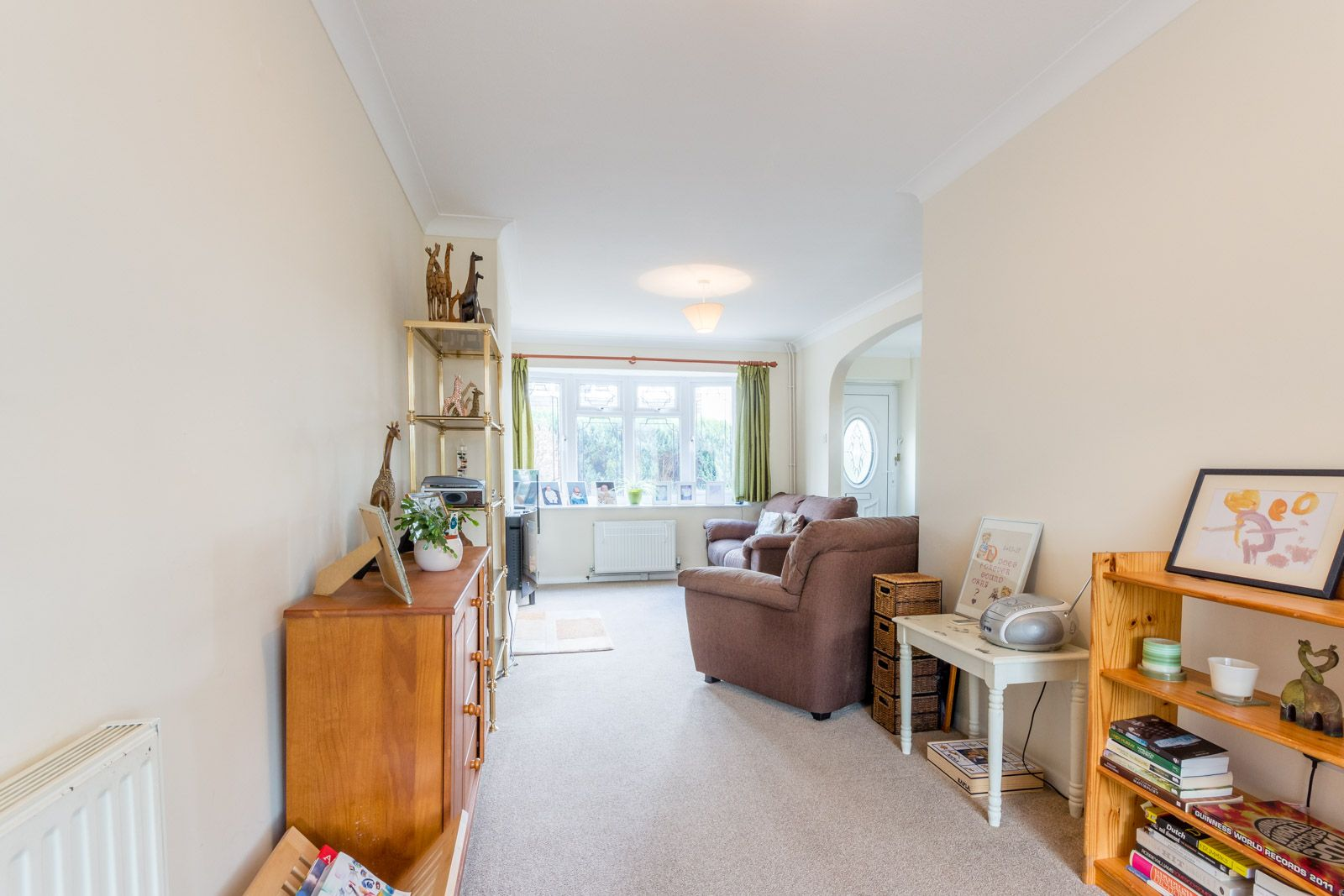 3 bed house to rent in Downs Way 11
