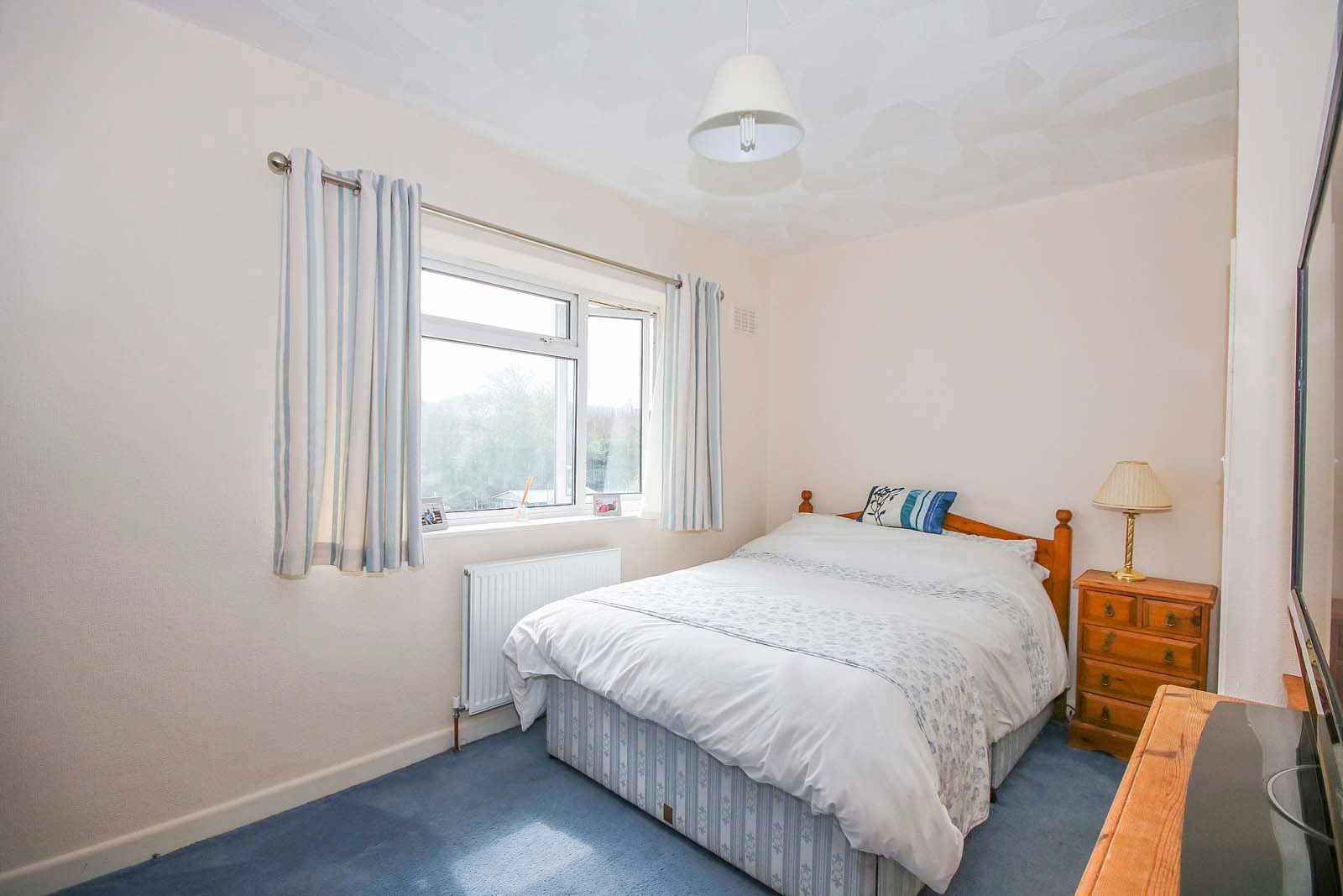 3 bed house for sale in Roundstone Crescent  - Property Image 11
