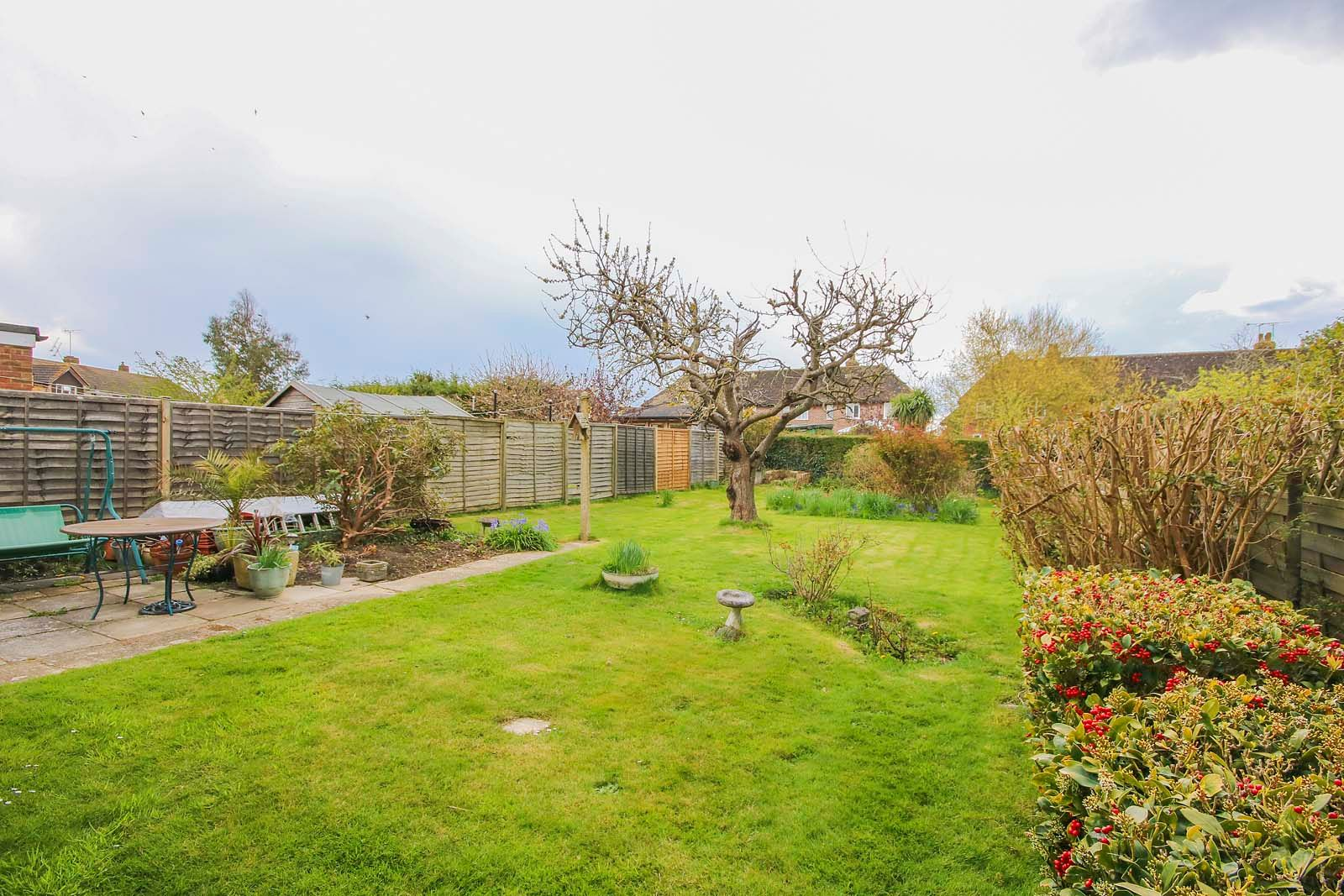 3 bed house for sale in Roundstone Crescent 3