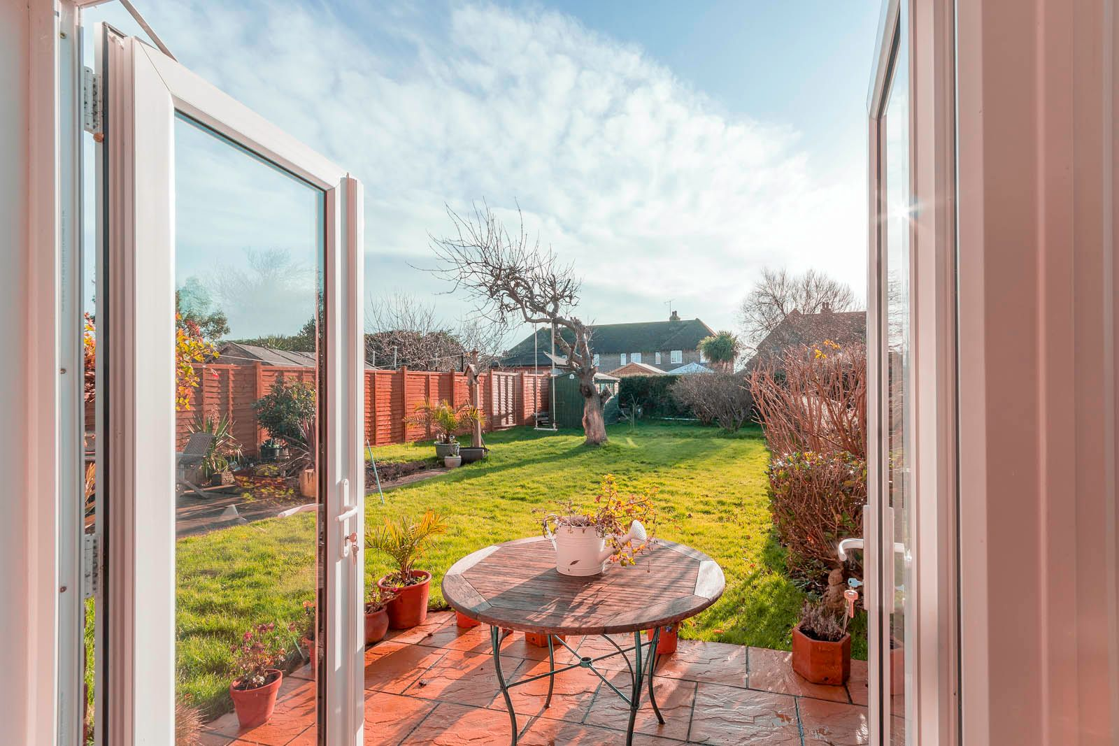 3 bed house for sale in Roundstone Crescent 8