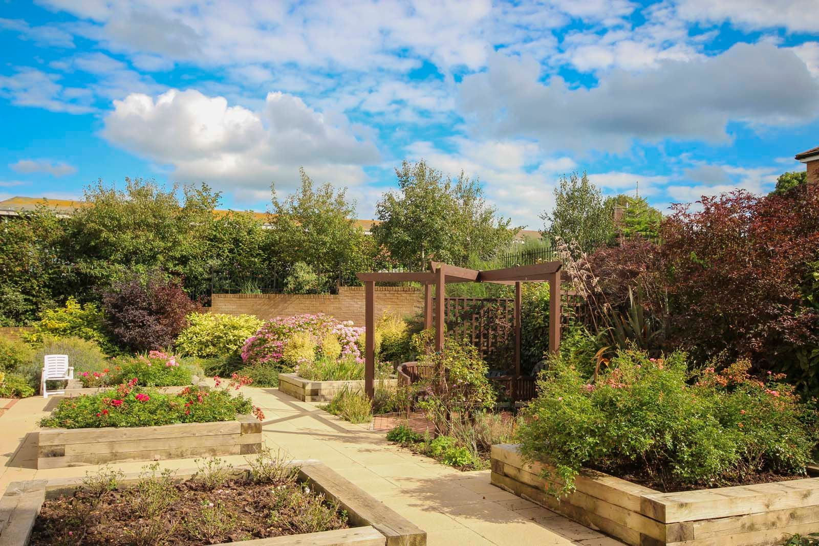 2 bed for sale in East Preston - Communal gardens (Property Image 11)