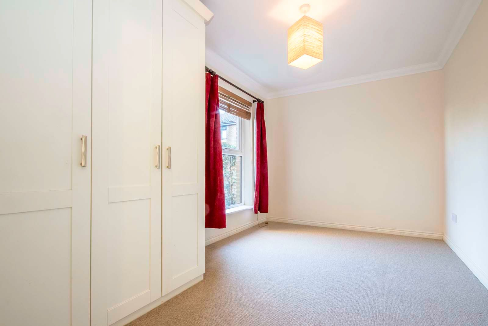 2 bed  to rent in 24 St. Botolphs Road 7