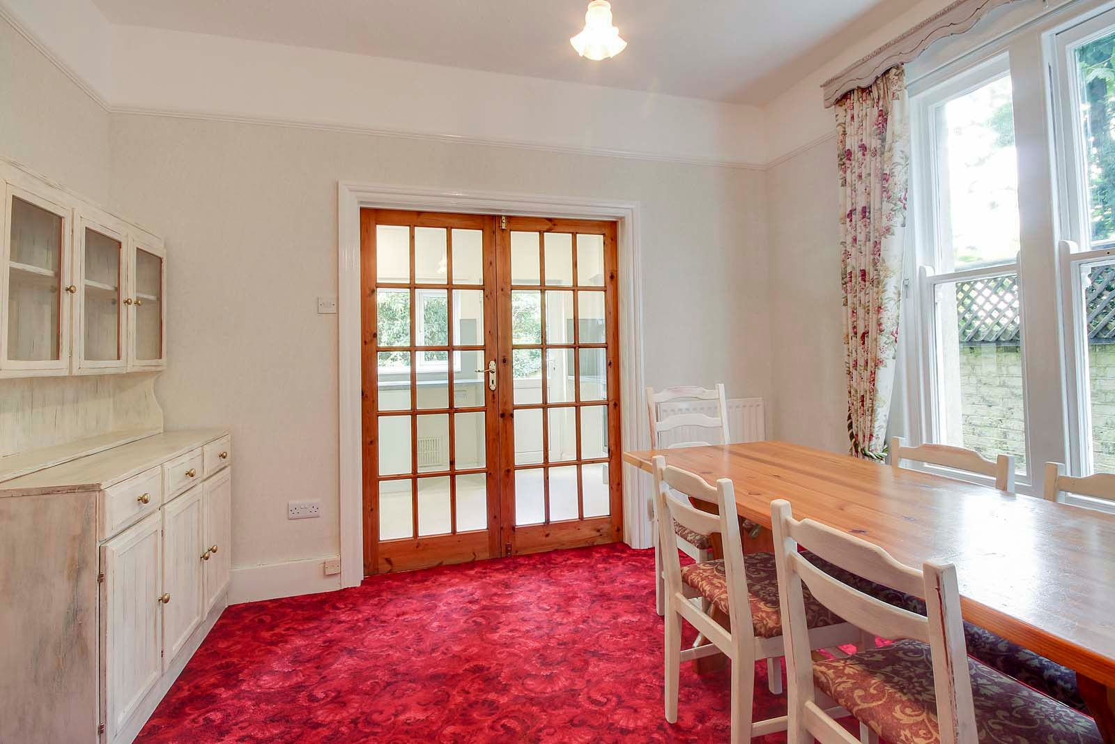 2 bed Apartment to rent in Worthing - Dining room (Property Image 3)