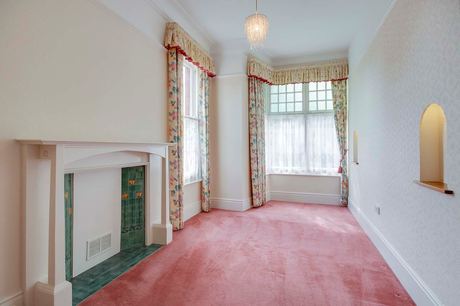 2 bed Apartment to rent in Worthing - Bedroom 1 (Property Image 4)