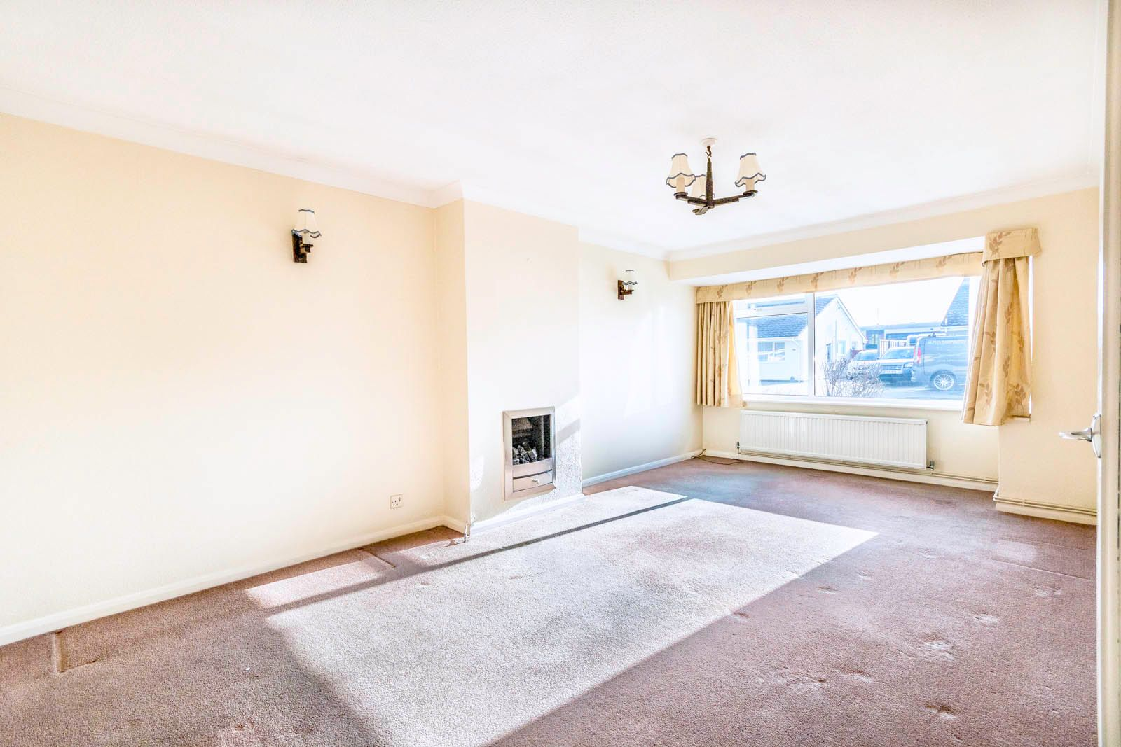 2 bed bungalow for sale in Saxon Close COMP June 2018  - Property Image 2