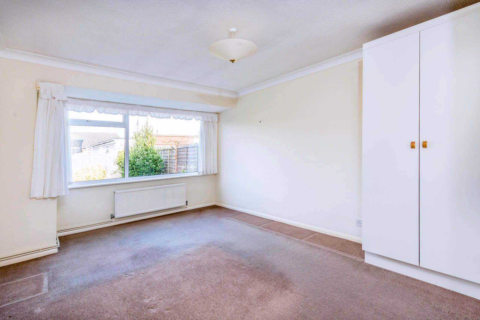 2 bed bungalow for sale in Saxon Close COMP June 2018  - Property Image 5