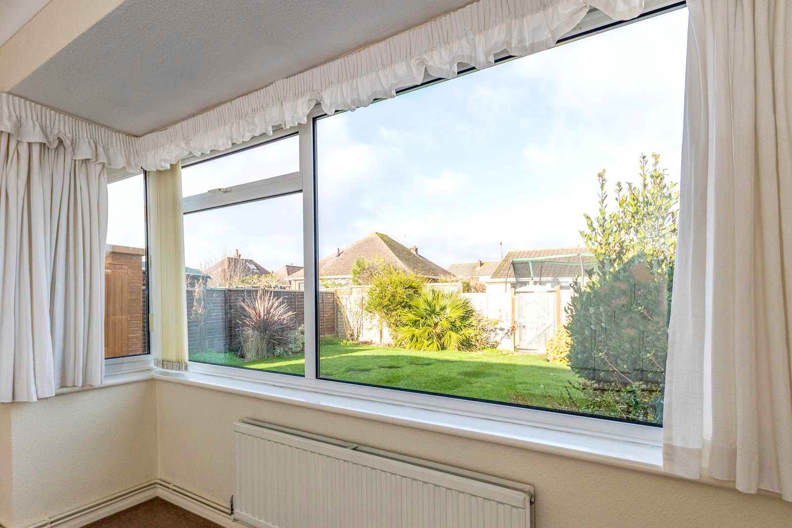 2 bed bungalow for sale in Saxon Close COMP June 2018 8