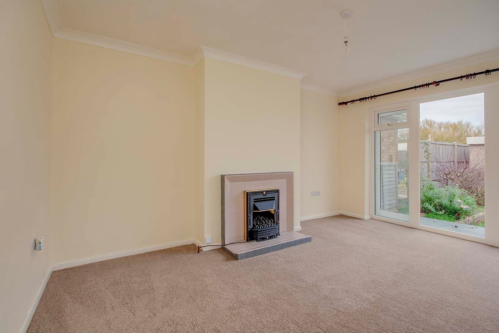 2 bed bungalow for sale in Ashurst Way COMP July 2019  - Property Image 2
