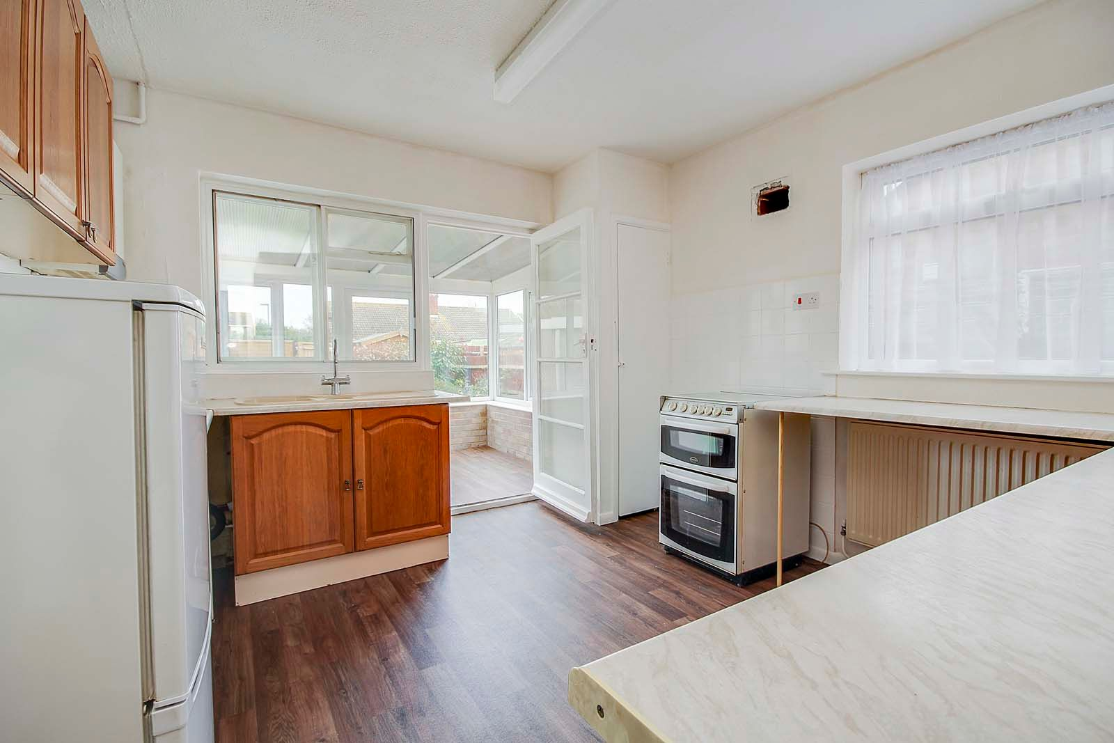 2 bed bungalow for sale in Ashurst Way COMP July 2019 3