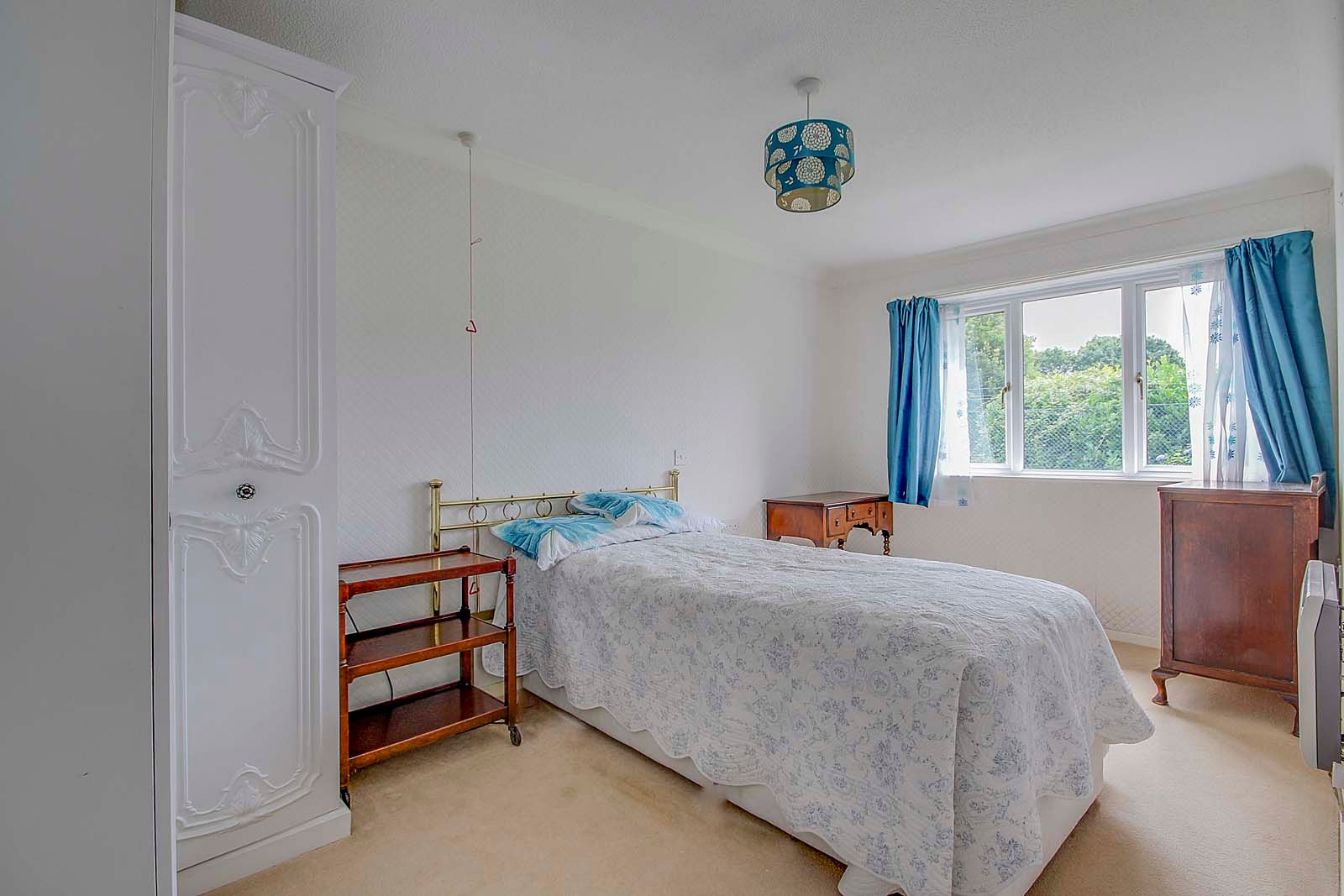 1 bed  for sale in Station Road 4