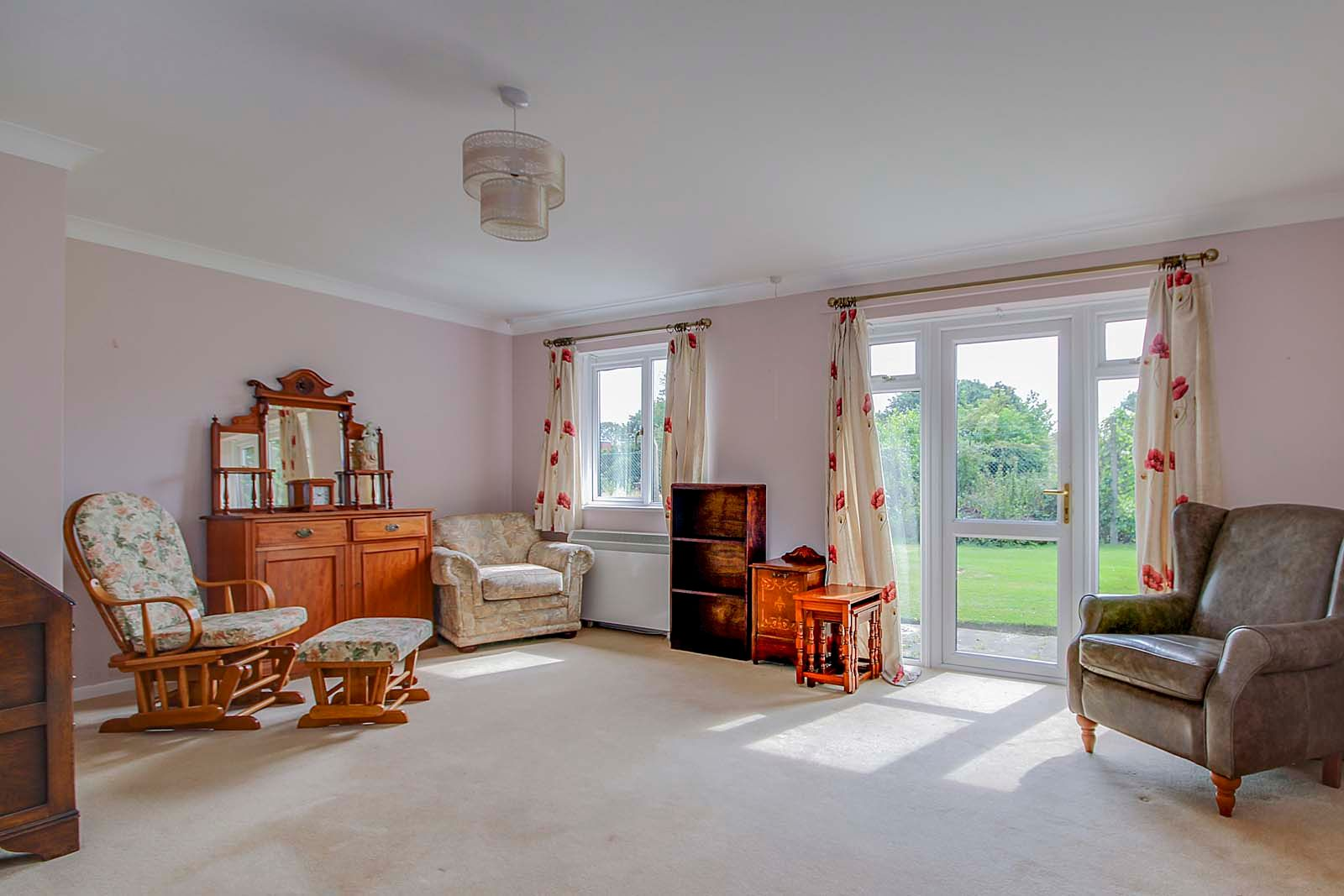 1 bed  for sale in Station Road 8