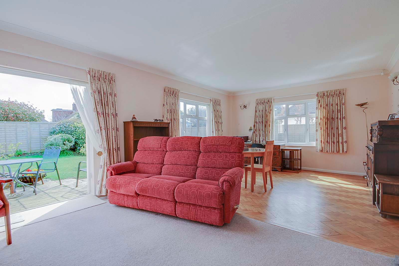 3 bed bungalow for sale in Sea Lane COMP MAY 19 4