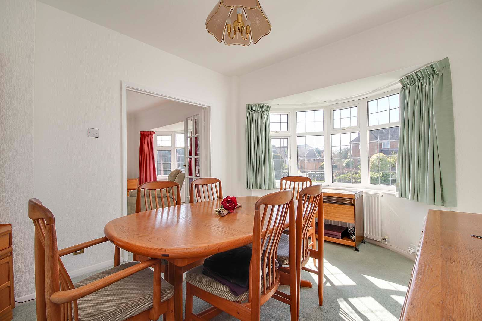 3 bed bungalow for sale in Sea Lane COMP MAY 19  - Property Image 5