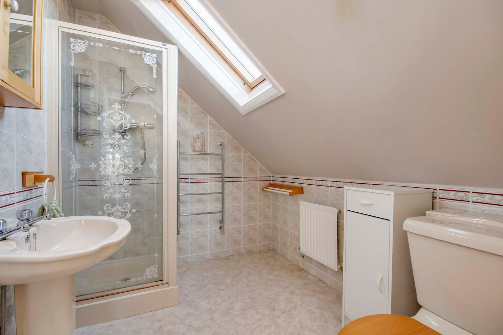 3 bed bungalow for sale in Sea Lane COMP MAY 19  - Property Image 10