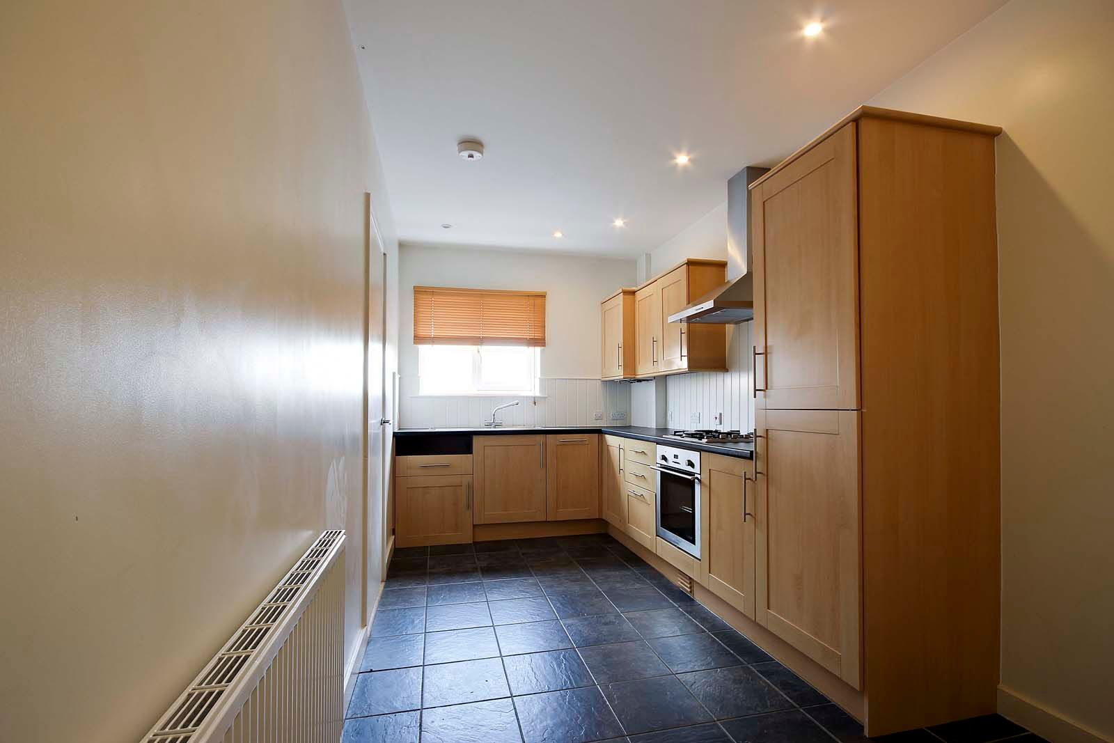 3 bed house to rent in Beechlands Close 4