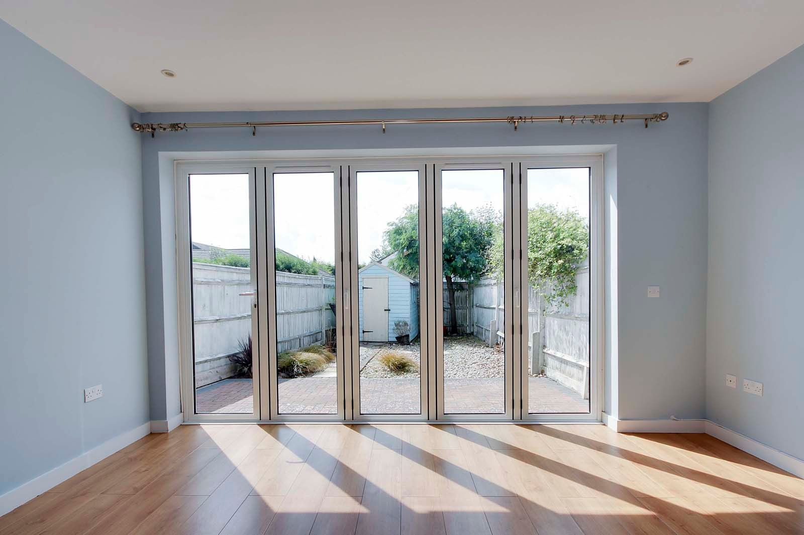 3 bed house to rent in Beechlands Close 8