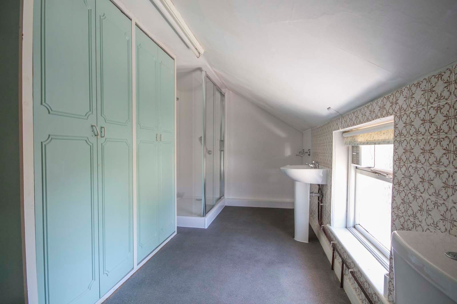1 bed house for sale in Church Road 11