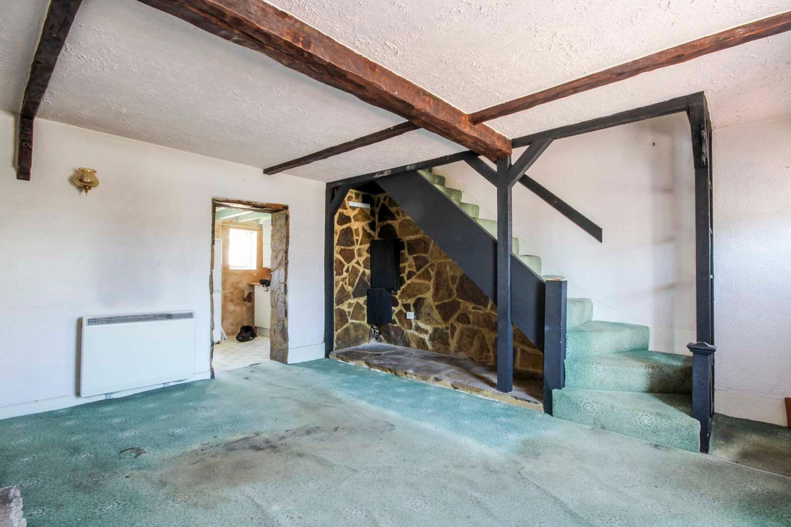 1 bed house for sale in Church Road  - Property Image 3