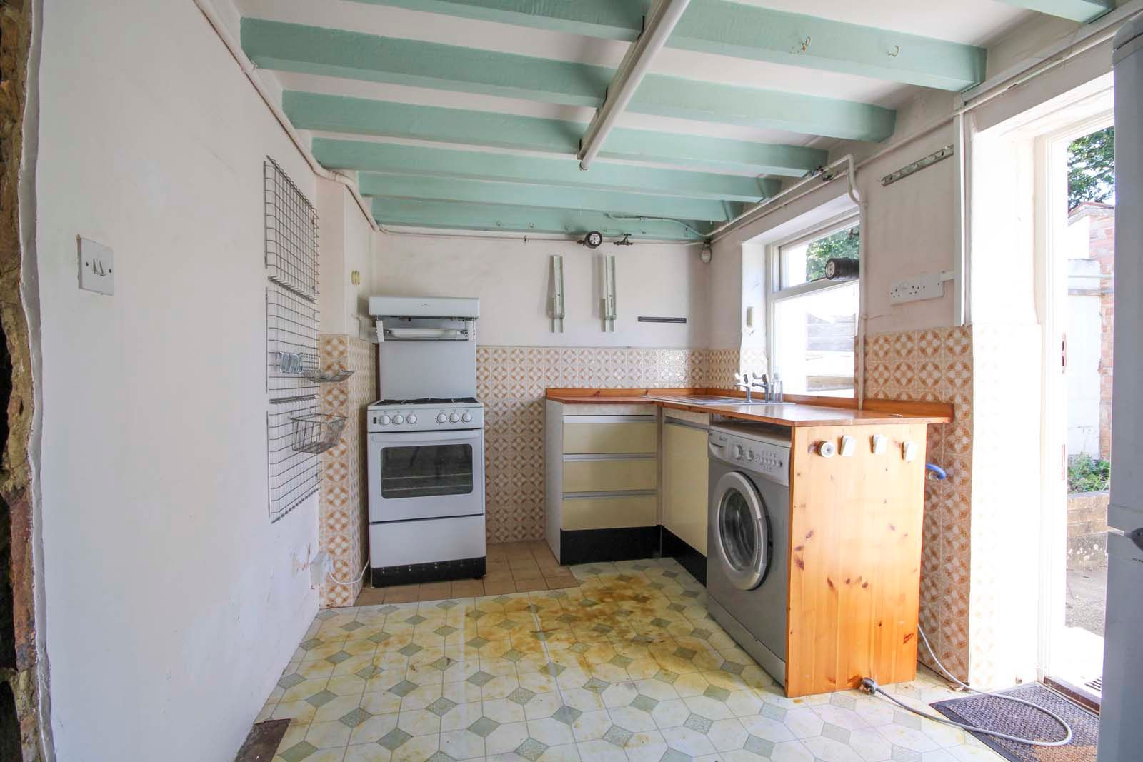 1 bed house for sale in Church Road 6