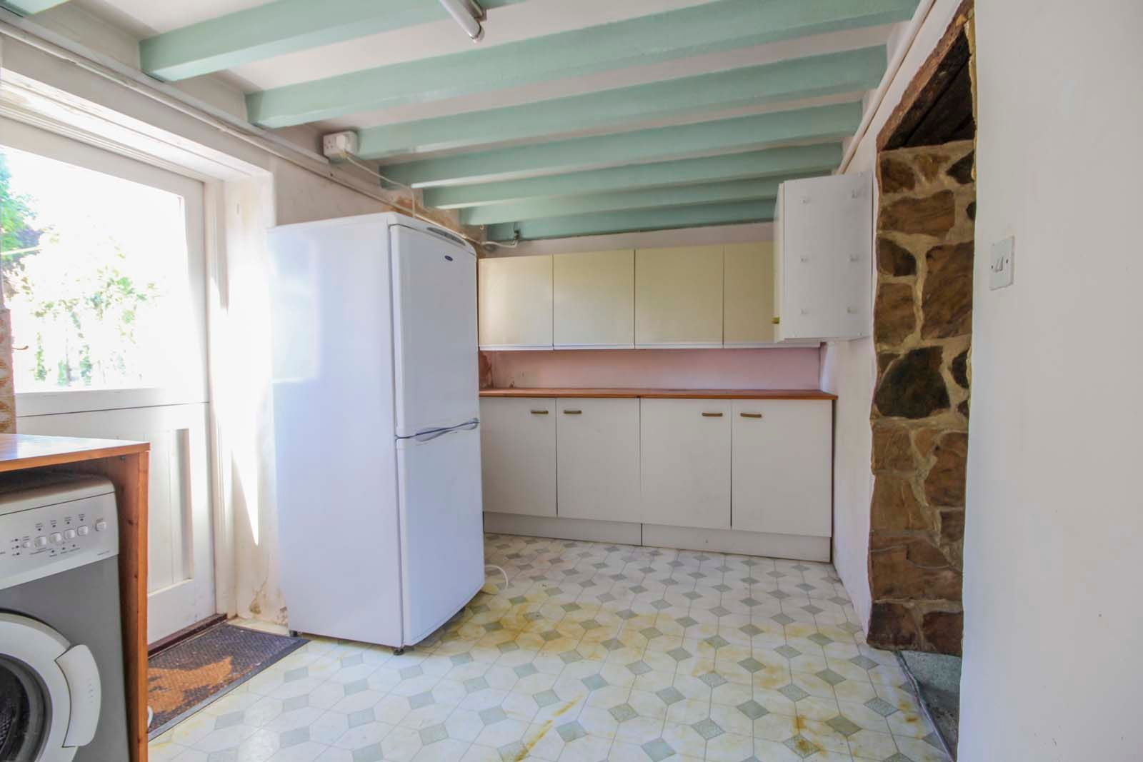 1 bed house for sale in Church Road 7