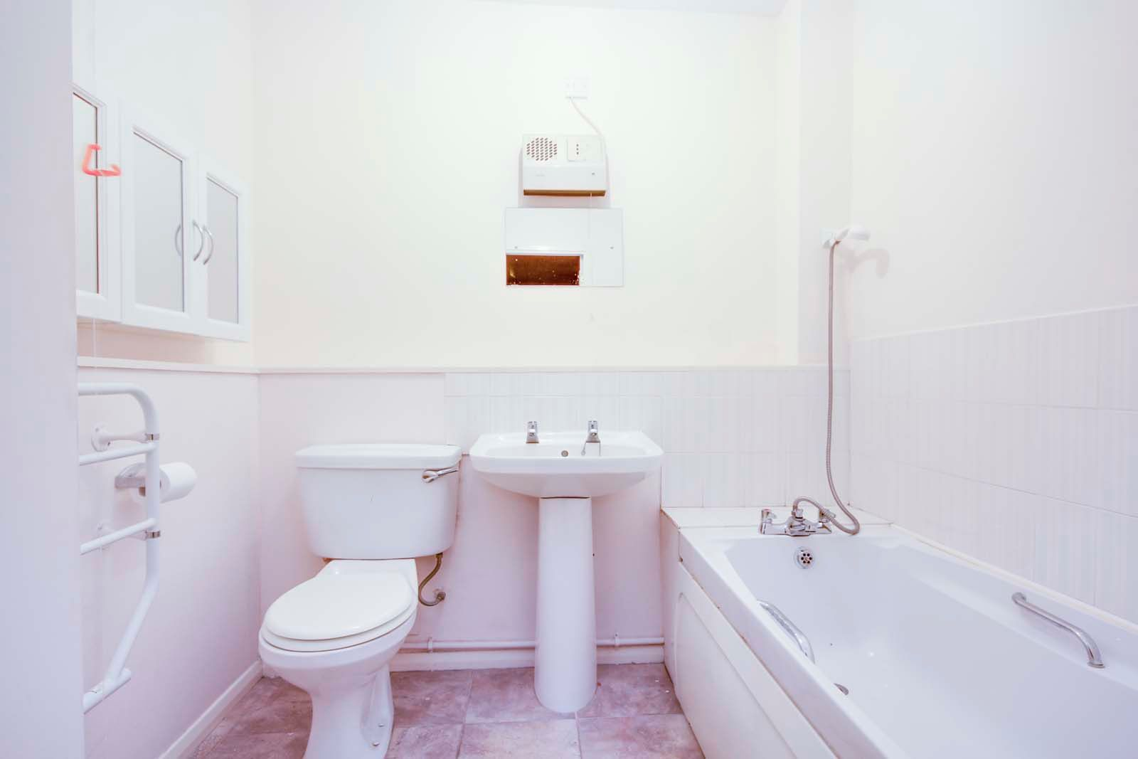 2 bed Apartment for sale in East Preston - Bathroom (Property Image 5)