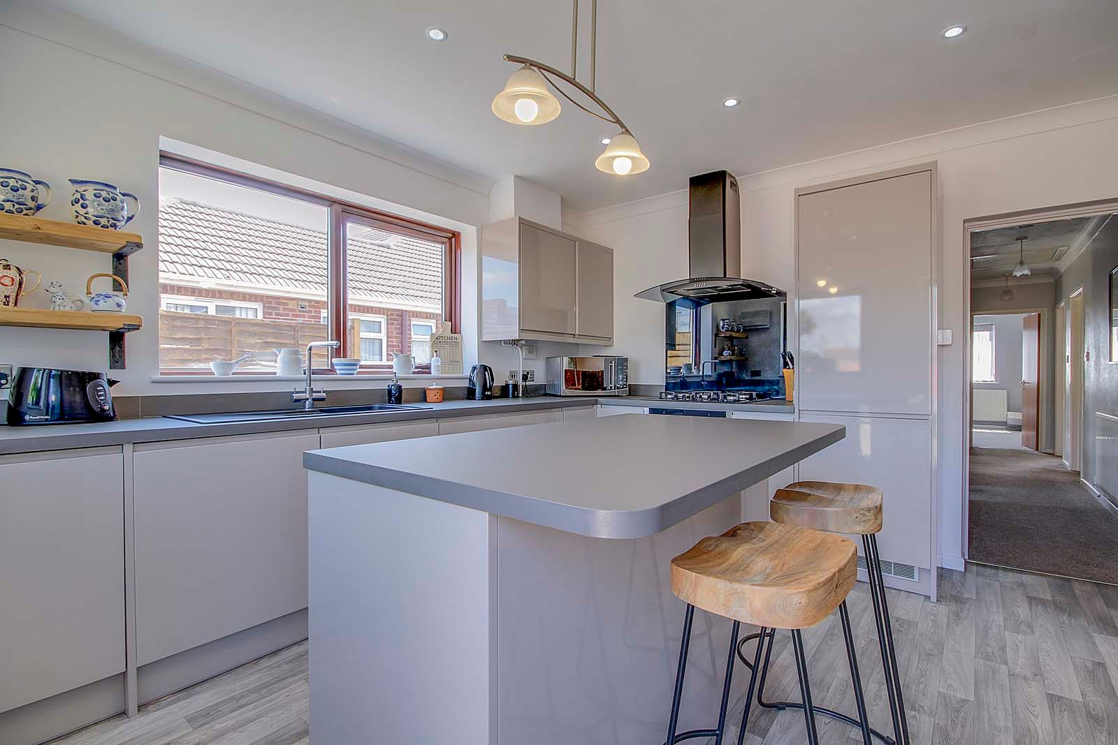 2 bed bungalow for sale in Russells Close 13