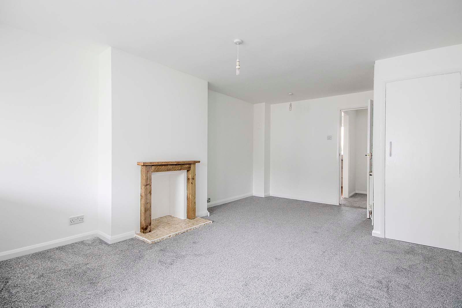 2 bed house for sale in Church Way COMP Jan 2019 11