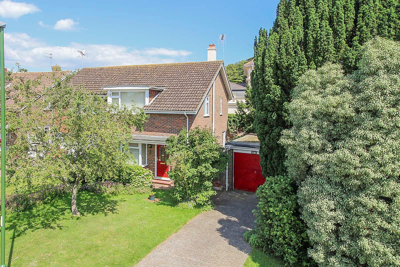 3 bed house for sale in Copse View - Property Image 1