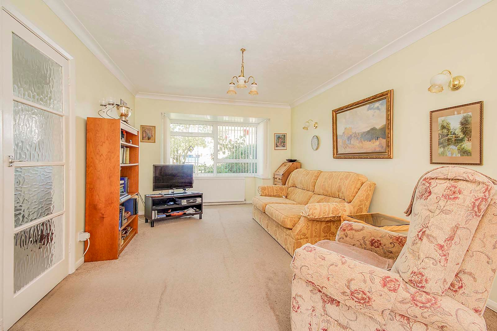 3 bed house for sale in Copse View 2